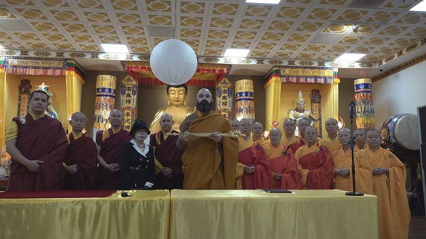 维加斯新闻报H.H.第三世多杰羌佛世界佛教教皇册封