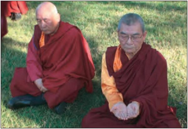 生死自由的祿東贊尊者第四世慈仁嘉措仁波且是H.H.第三世多杰羌佛的弟子
